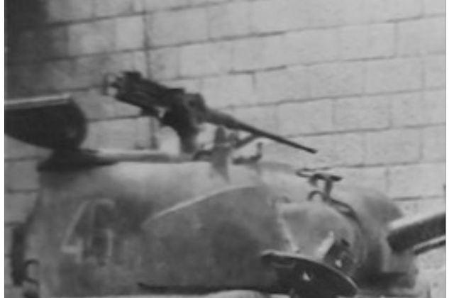 le char MORT HOMME - Page 4 V2N5sb