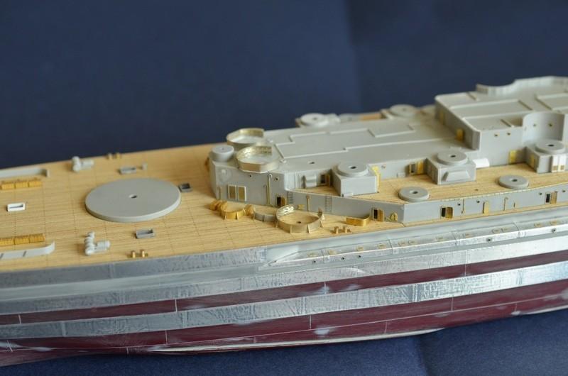 ABSD ARTISAN et USS MASSACHUSETTS BB-59 au 1/350 Oet7Xo