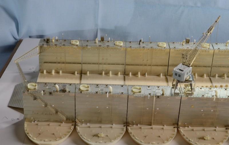 ABSD ARTISAN et USS MASSACHUSETTS BB-59 au 1/350 - Page 5 Tn9g3X