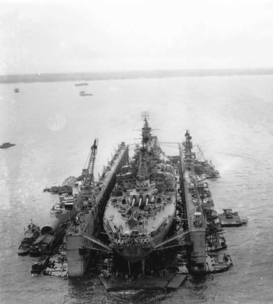ABSD ARTISAN et USS MASSACHUSETTS BB-59 au 1/350 9b2ypg