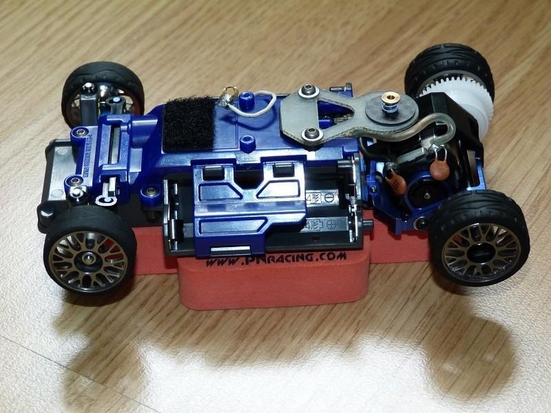 Mon petit garage RC  IRB7uE
