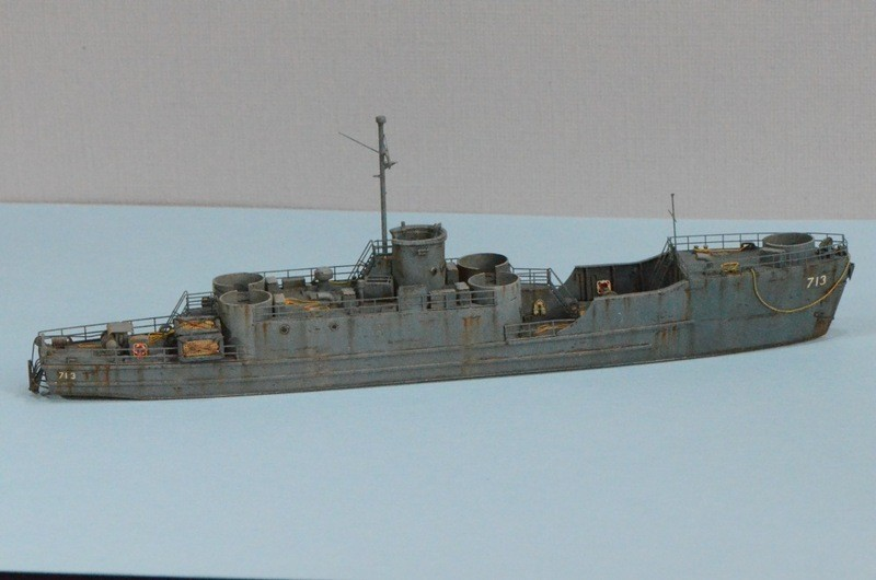Port Artificiel MULBERRY au 1/350 - Page 6 Wpux