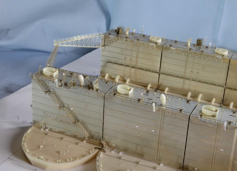 ABSD ARTISAN et USS MASSACHUSETTS BB-59 au 1/350 - Page 5 K5g1Ww