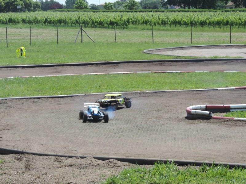 [Reportage course] GP - AMR33 du 7/8 Juin 2014 - Page 2 Pgy4