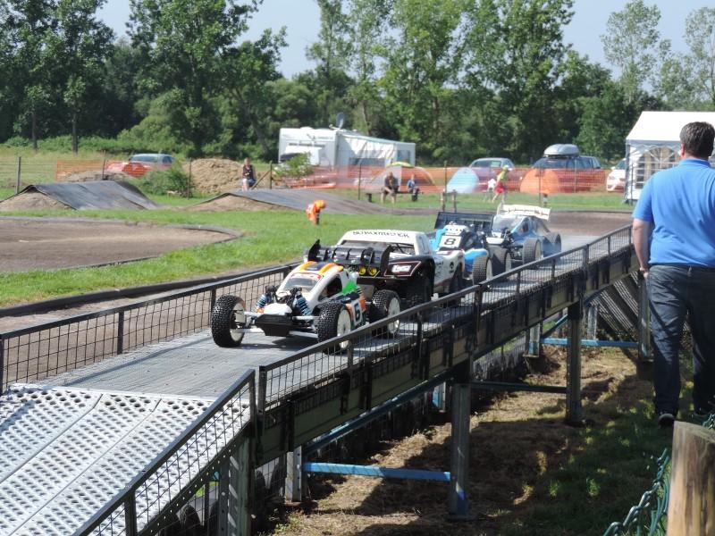 [Reportage course] GP - AMR33 du 7/8 Juin 2014 - Page 2 Ue0y