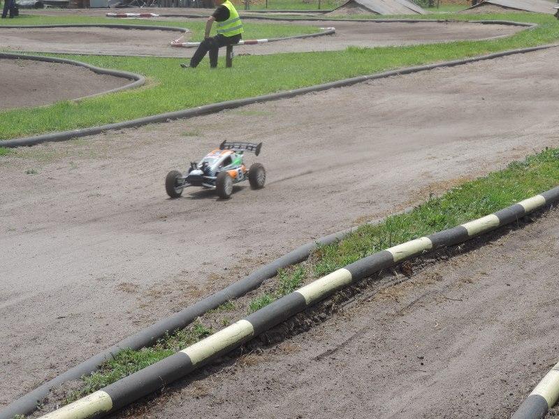 [Reportage course] GP - AMR33 du 7/8 Juin 2014 - Page 2 Rjjok