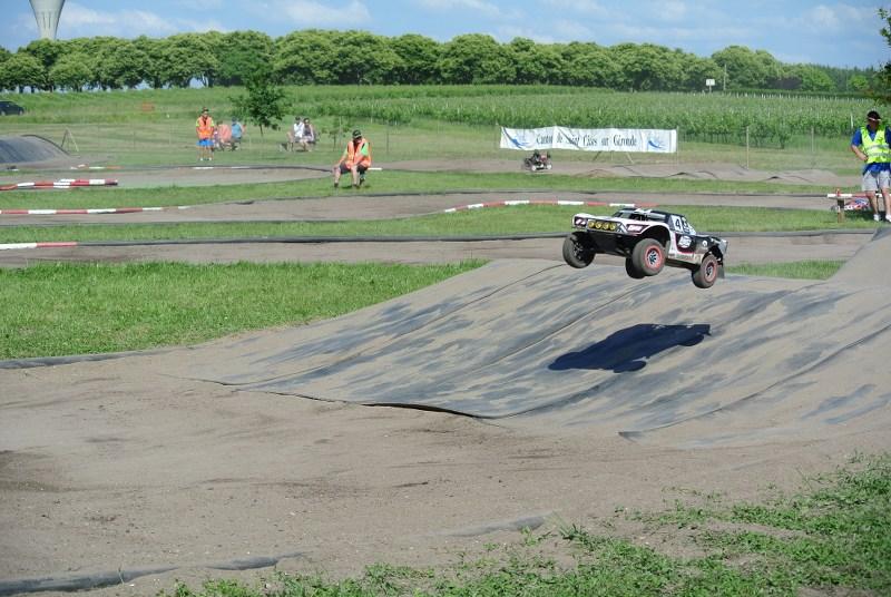 [Reportage course] GP - AMR33 du 7/8 Juin 2014 - Page 2 B6tc