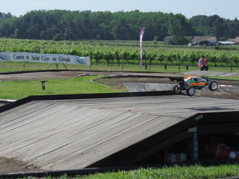 [Reportage course] GP - AMR33 du 7/8 Juin 2014 - Page 2 W0uil