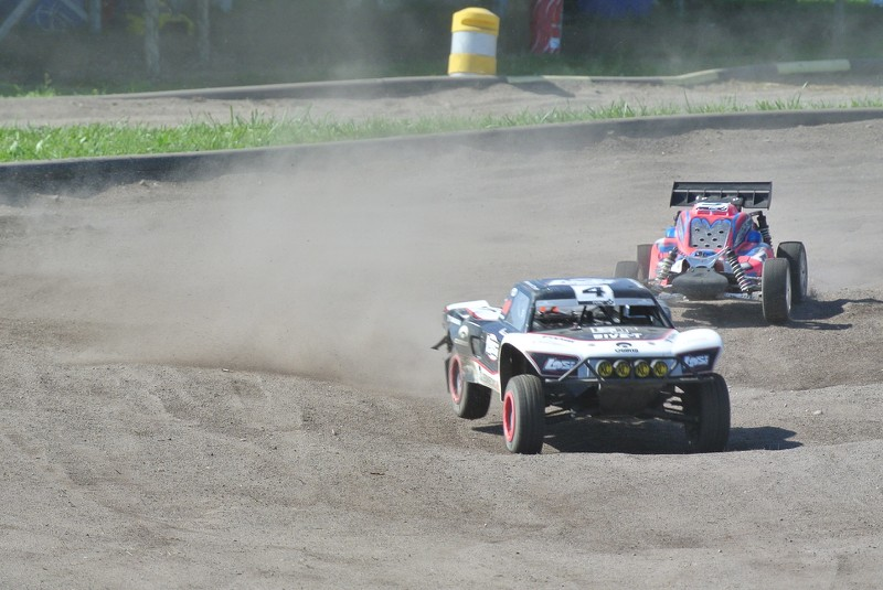 [Reportage course] GP - AMR33 du 7/8 Juin 2014 - Page 2 5ybpv