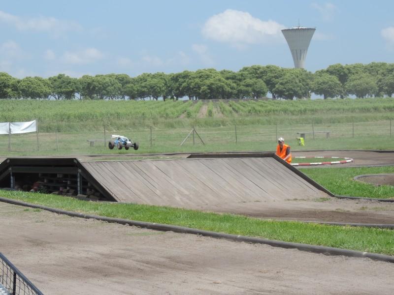 [Reportage course] GP - AMR33 du 7/8 Juin 2014 - Page 2 Qrgg