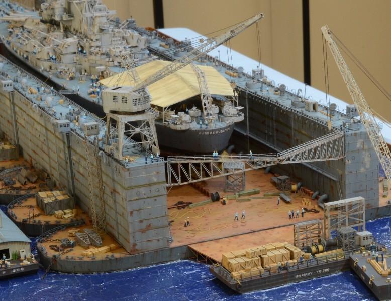 Diorama Terminé du Dock Flottant ABSD et cuirassé BB-59 au 1/350 de Trumpeter RKpO0D