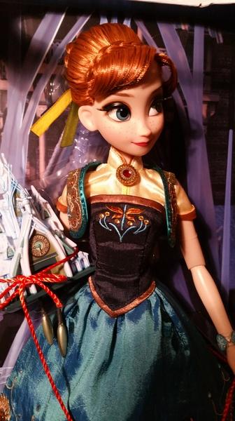 Disney Store Poupées Limited Edition 17'' (depuis 2009) - Page 21 RkSdQW