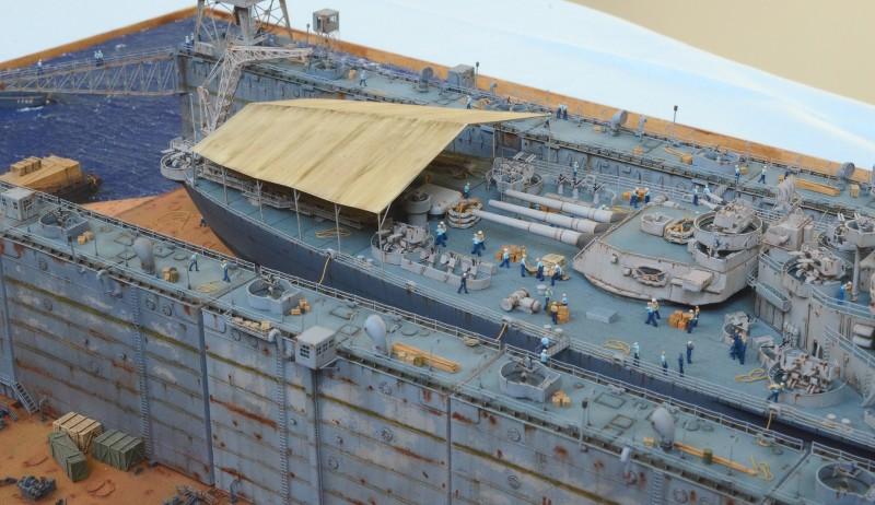Diorama Terminé du Dock Flottant ABSD et cuirassé BB-59 au 1/350 de Trumpeter VjOAfB