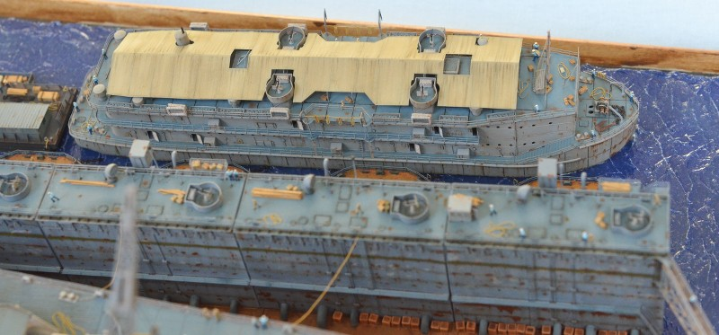 Diorama Terminé du Dock Flottant ABSD et cuirassé BB-59 au 1/350 de Trumpeter 3aR2ta