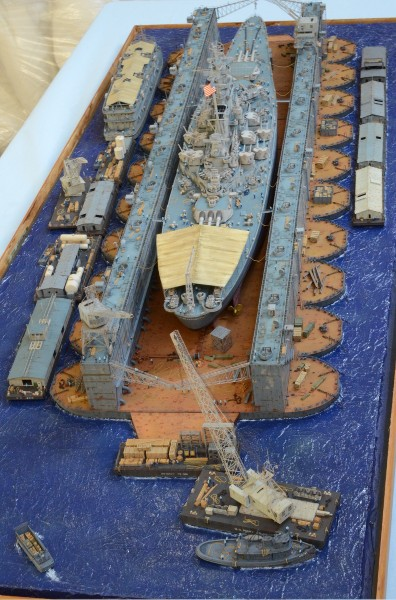 Diorama Terminé du Dock Flottant ABSD et cuirassé BB-59 au 1/350 de Trumpeter Hw8xut