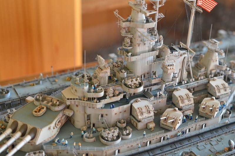 ABSD ARTISAN et USS MASSACHUSETTS BB-59 au 1/350 - Page 13 Ve0BC3