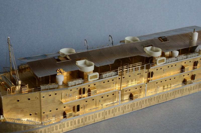 ABSD ARTISAN et USS MASSACHUSETTS BB-59 au 1/350 - Page 7 6qRr8N