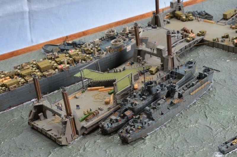Port Artificiel MULBERRY au 1/350 - Page 12 B82c35