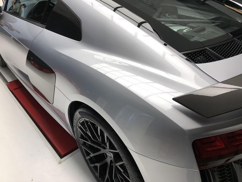 Admin&Brother vs Audi R8 V10 CYquxd