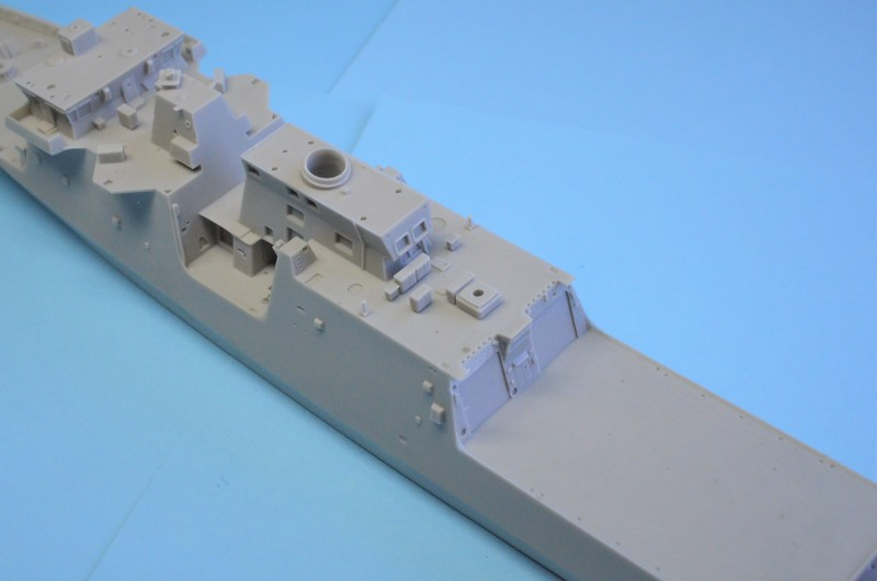 USCGS BERTHOLF 750 au 1/350 de chez Black Cat Model KDuGjK