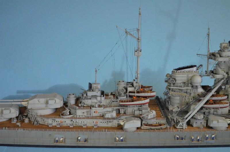 Grande grue 250 t port de Hambourg et Bismarck au 1/350 - Page 15 L1SJu7