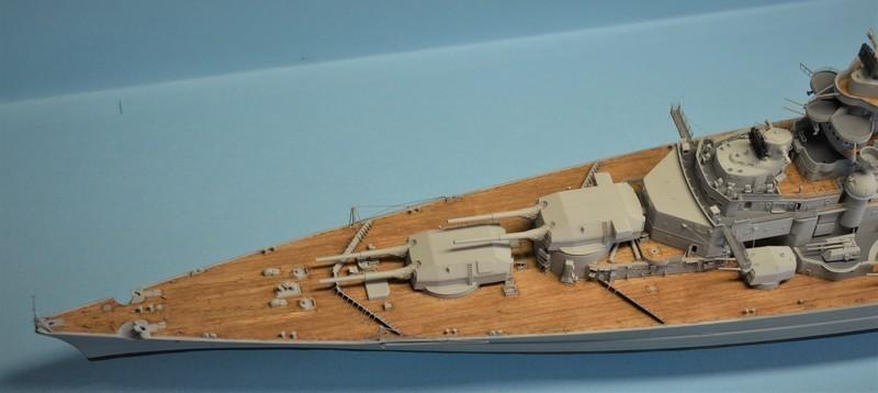 Grande grue 250 t port de Hambourg et Bismarck au 1/350 - Page 15 LYNDwP