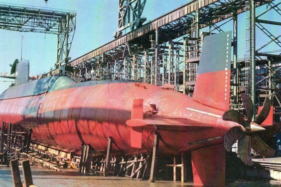 Assembling the excellent Scale Shipyards 1/96 SSBN, USS Daniel Webster PzDBcD