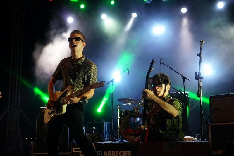 """Cambio de batería en Dylan's Band....tiene mucha """"TELA"""" - ROBERT HUNTER """"in Memóriam"""" Tab7X3"""