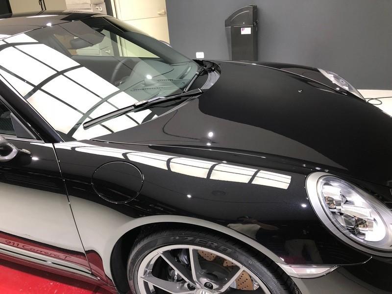 Admin&Brother vs Porsche 911 Carrera T XauBWy
