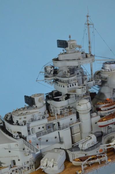 Grande grue 250 t port de Hambourg et Bismarck au 1/350 - Page 15 AdD5Iy