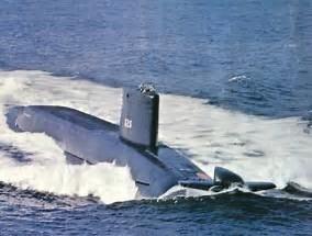 Assembling the excellent Scale Shipyards 1/96 SSBN, USS Daniel Webster FvRKJx