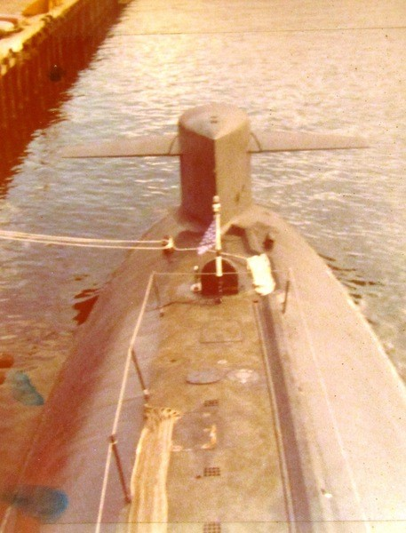 Assembling the excellent Scale Shipyards 1/96 SSBN, USS Daniel Webster GId2BU