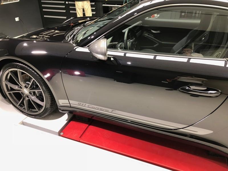 Admin&Brother vs Porsche 911 Carrera T Oixmc5