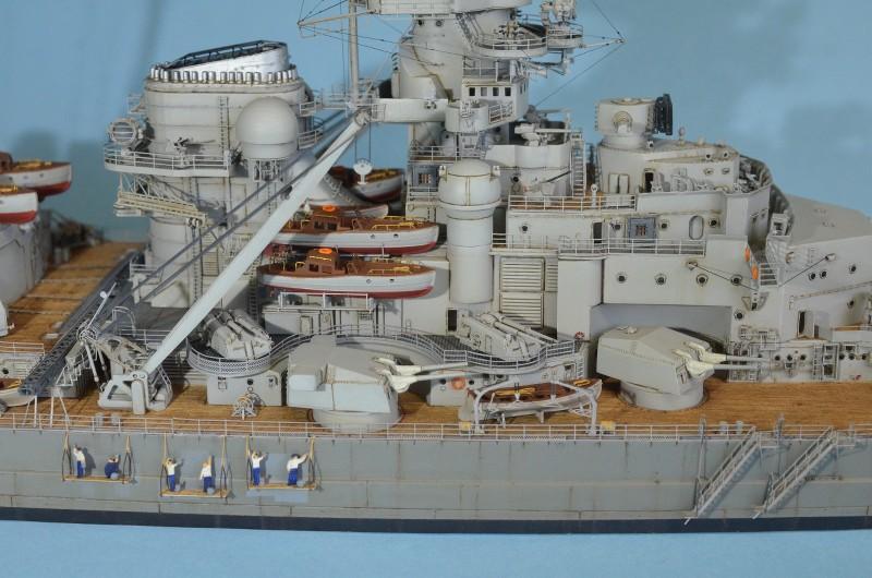 Grande grue 250 t port de Hambourg et Bismarck au 1/350 - Page 15 P87wxR