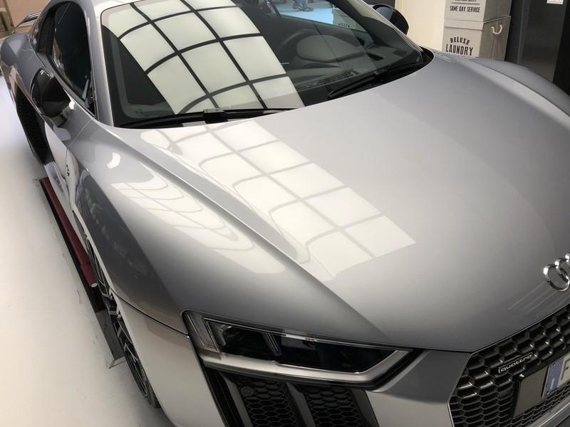 Admin&Brother vs Audi R8 V10 UfAGAN