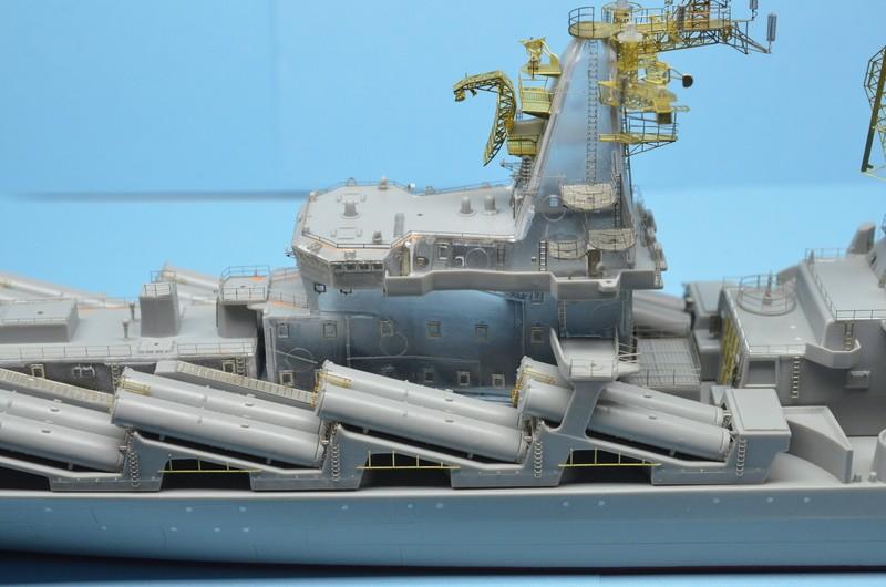 Diorama Class KIROV et Class SLAVA au 1/350 – Kit Trumpeter - Page 3 Y8jN7n