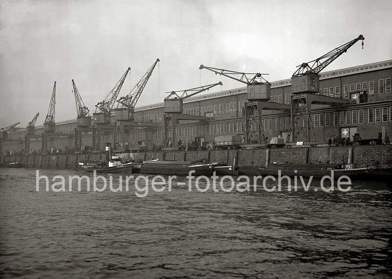 Grande grue 250 t port de Hambourg et Bismarck Revell au 1/350 2i1N4Y