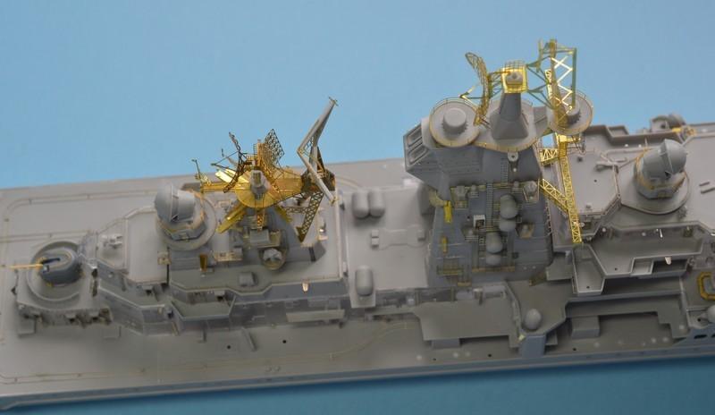 Diorama Class KIROV et Class SLAVA au 1/350 – Kit Trumpeter - Page 2 5wtOfE