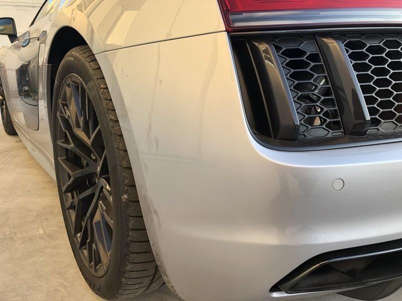 Admin&Brother vs Audi R8 V10 7x9kfo