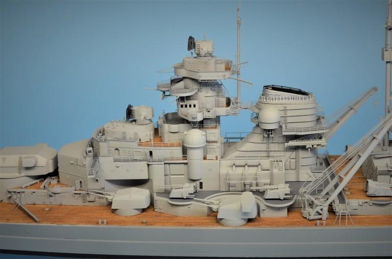 Grande grue 250 t port de Hambourg et Bismarck au 1/350 - Page 15 KhPS4F