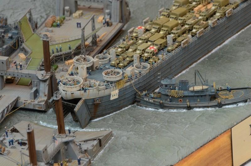 Diorama Port Mulberry A Omaha Beach 16 Juin 1944 au 1/350 - Scratch sur base Iron Shipwrights, Trumpeter et l'Arsenal PuxhYB