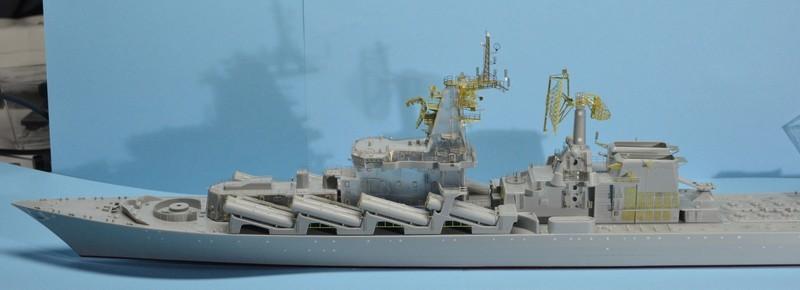 Diorama Class KIROV et Class SLAVA au 1/350 – Kit Trumpeter - Page 3 Qkhi2G