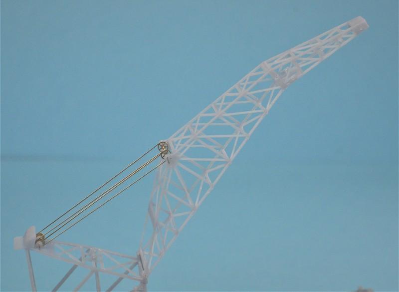 Grues sur barges & remorqueur (Impression 3D 1/350°) de NOVA73 WLtlRZ