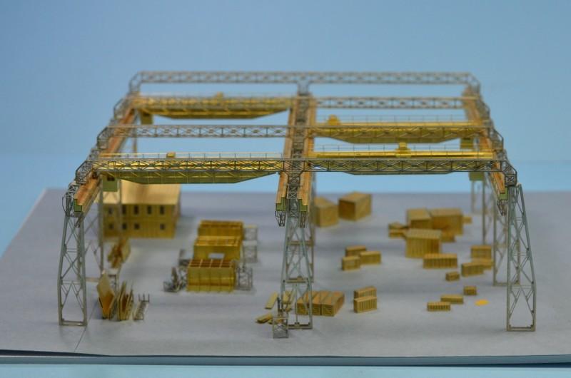 Dio : Grande grue 250 t port de Hambourg et Bismarck (1/350°) - Page 2 WO8rYD
