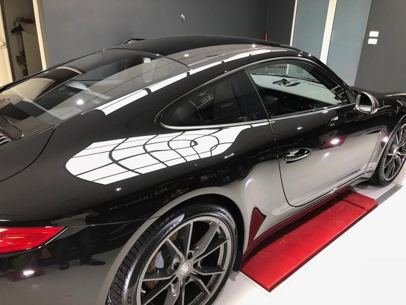 Admin&Brother vs Porsche 911 Carrera T BxiRgZ