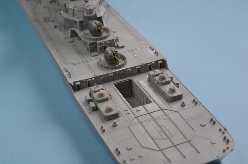 Diorama Class KIROV et Class SLAVA au 1/350 – Kit Trumpeter - Page 2 DNT2DU