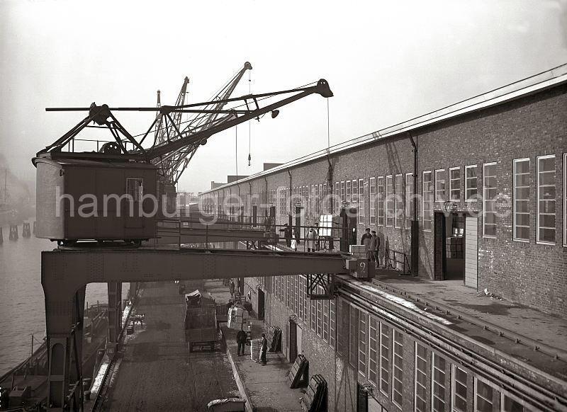 Grande grue 250 t port de Hambourg et Bismarck Revell au 1/350 EPb5JI
