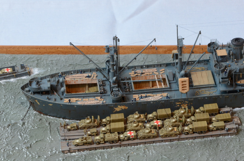 Diorama Port Mulberry A Omaha Beach 16 Juin 1944 au 1/350 - Scratch sur base Iron Shipwrights, Trumpeter et l'Arsenal GyeIGh