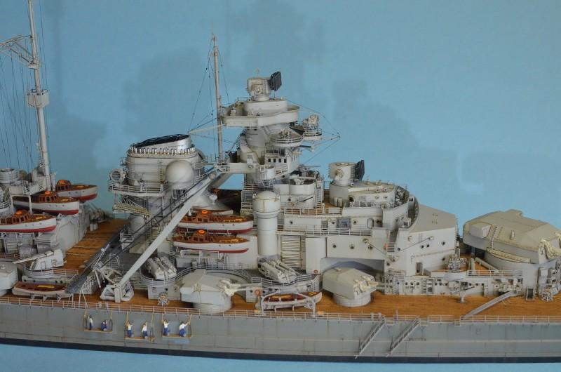 Grande grue 250 t port de Hambourg et Bismarck au 1/350 - Page 15 L10tTS