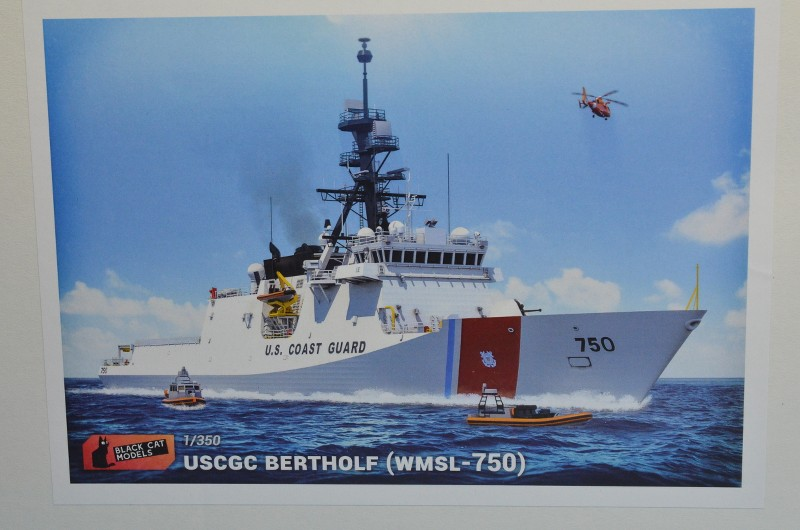 USCGS BERTHOLF 750 au 1/350 de chez Black Cat Model NtfCZT